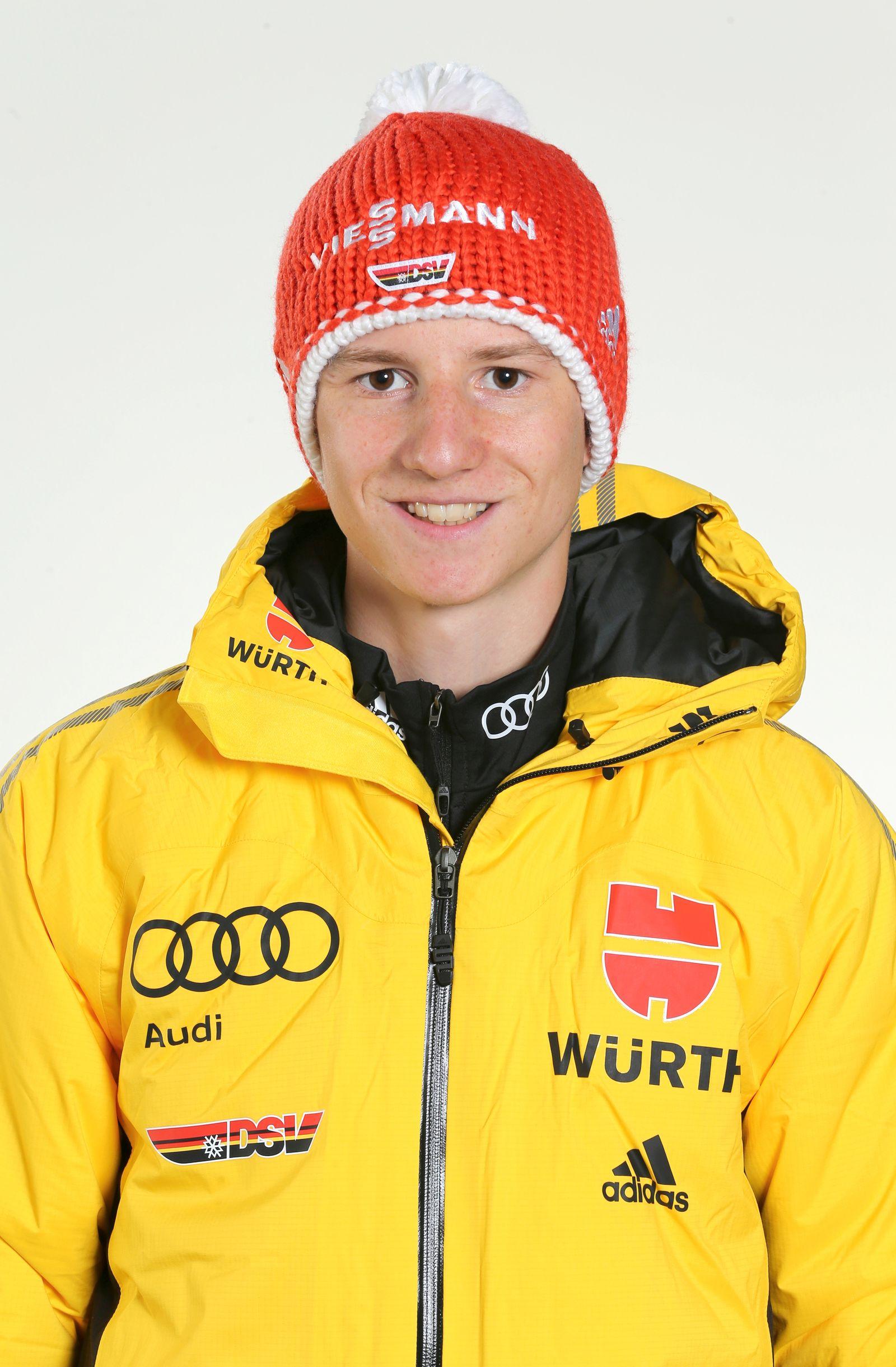 EINMALIGE VERWENDUNG Skispringer/ Karl Geiger