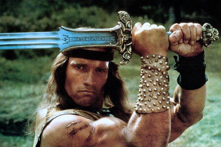 Schwarzenegger in »Conan«: Aus der Waffe der Rache soll ein Symbol der Demokratie werden