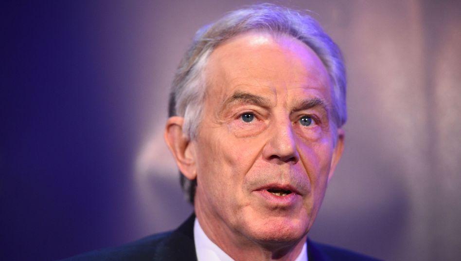 """Tony Blair: """"Die Abwesenheit der Führung bei der derzeit größten Frage überhaupt hat alle anderen Zweifel an Jeremy Corbyn verstärkt"""""""