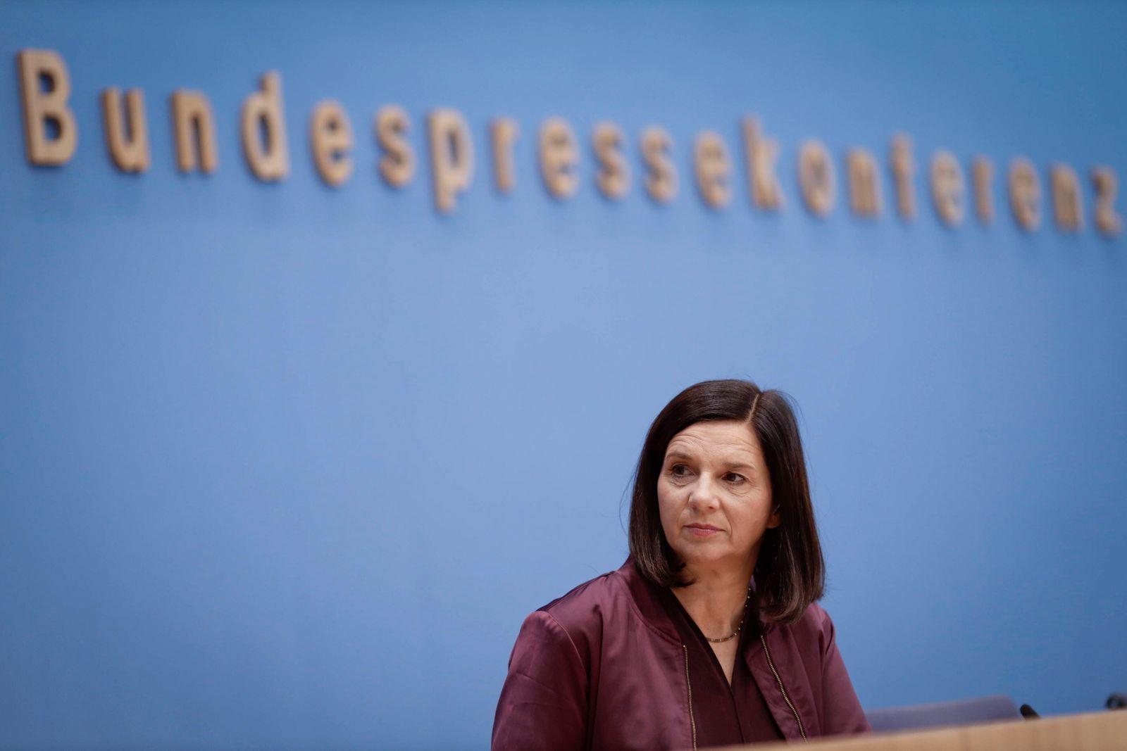 11.11.2020, Berlin, Deutschland - Pressekonferenz: Gemeinsame Forderungen an die Bundesregierung zur Rettung der Innens