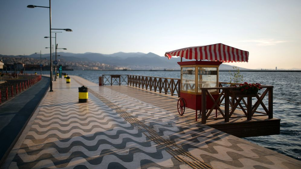 Izmir: Reisewarnung aufgehoben, aber Tests bleiben