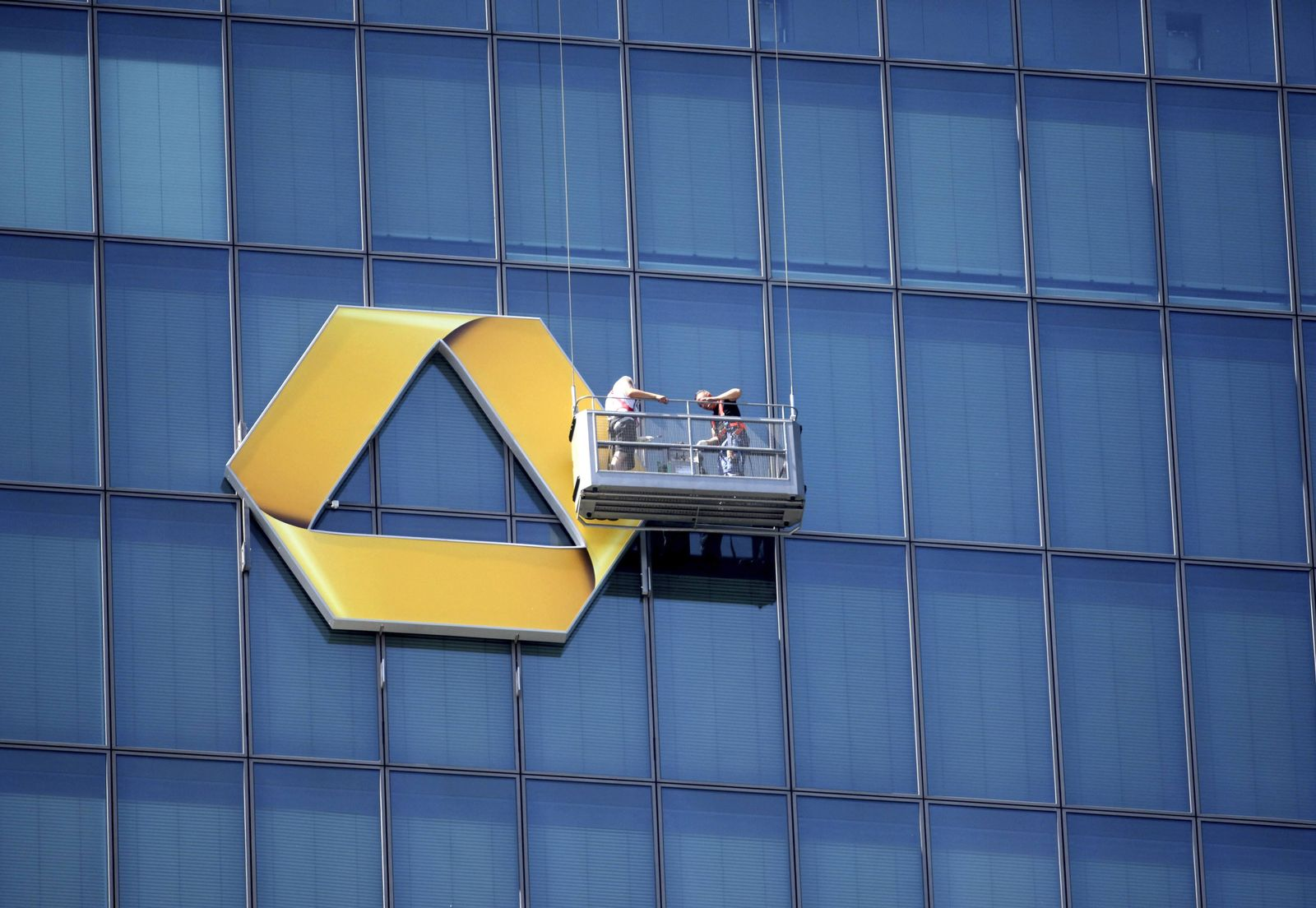 COMMERZBANK-RESULTS/