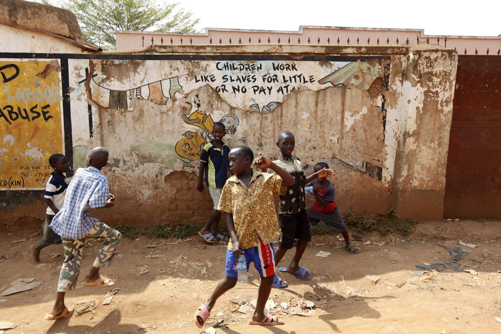 Uganda/ Straßenkinder