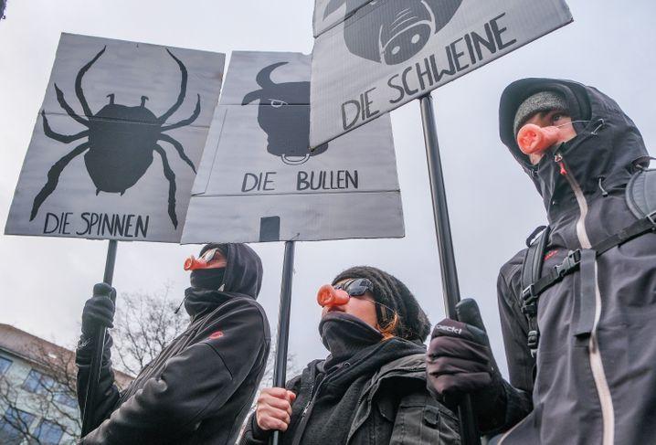 In Niedersachsen rief das Bündnis #noNPOG zur Demo auf