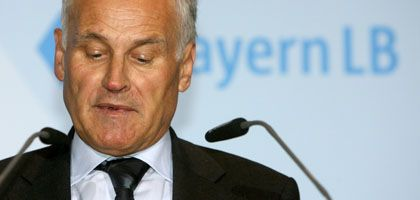 Finanzminister Huber: Rückzug wegen BayernLB-Debakel