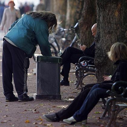 """Armut in Deutschland: Rund acht Prozent der Bevölkerung gehören laut einer Studie zum """"abgehängten Prekariat"""""""