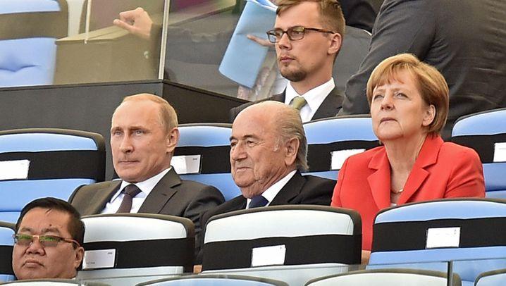 WM-Finale: Zittern mit Frau Merkel und Herrn Gauck