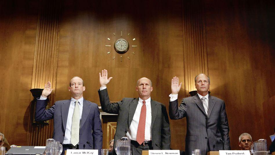 Öl-Bosse McKay, Newman und Probert: Wenig Schuldgefühle oder Gewissensbisse