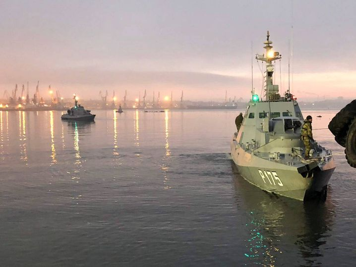 Captured Ukrainian navy ships at the Kerch seaport