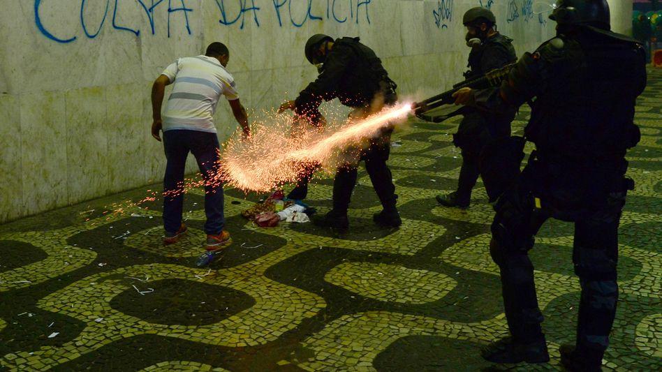 Landesweite Demonstrationen: Hunderte Verletzte bei Protesten in Brasilien
