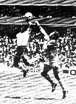 """Diego Maradona: """"Die Hand Gottes"""""""