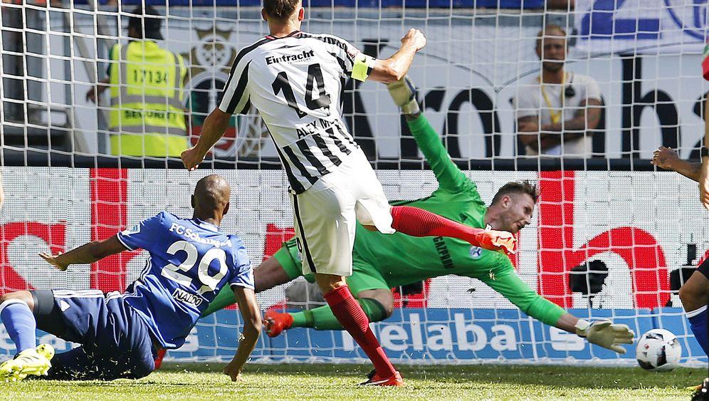 Bundesliga: Dortmund jubelt, Schalke trauert