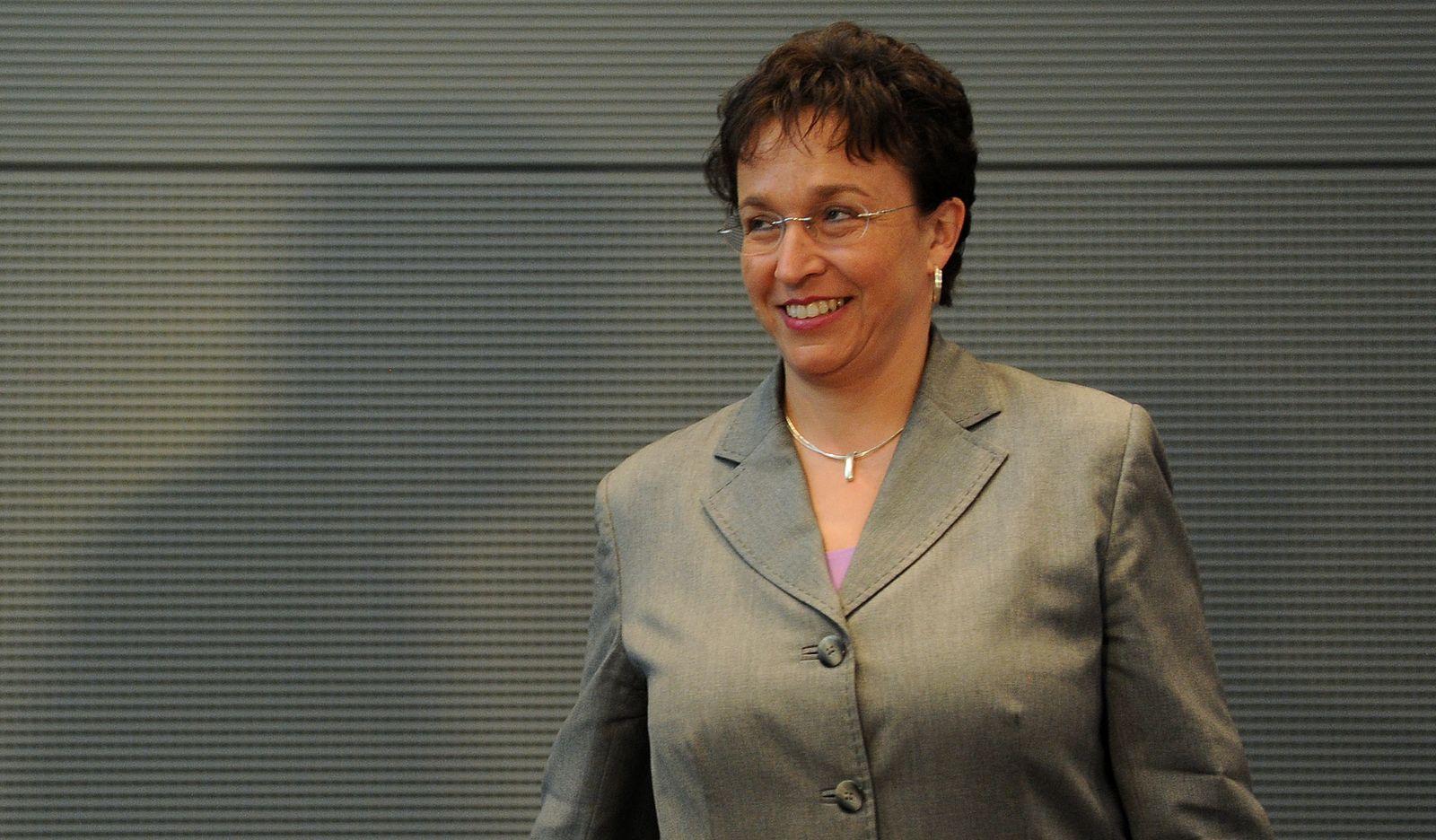 NICHT VERWENDEN Birgit Homburger