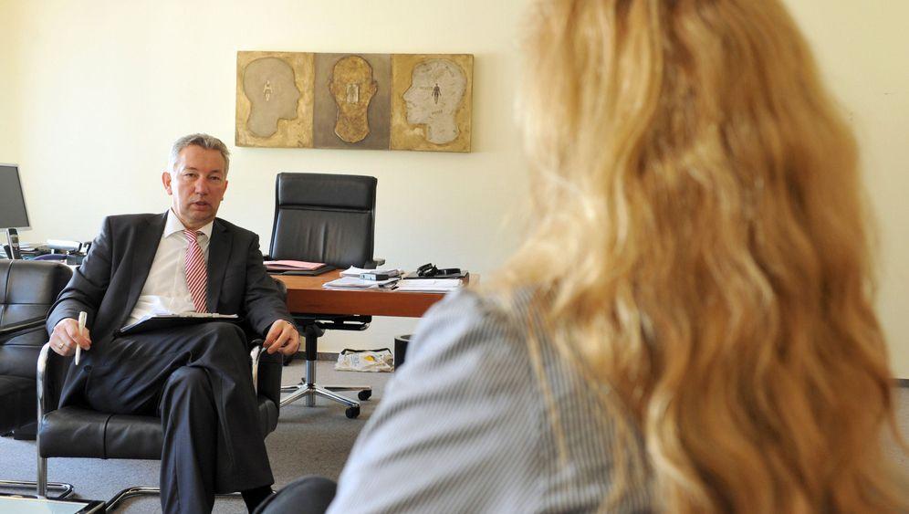 Junge Psychotherapeuten: Ausbildung oder Ausbeutung?
