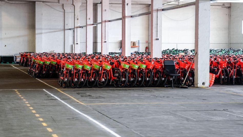 E-Bikes des Anbieters Lime