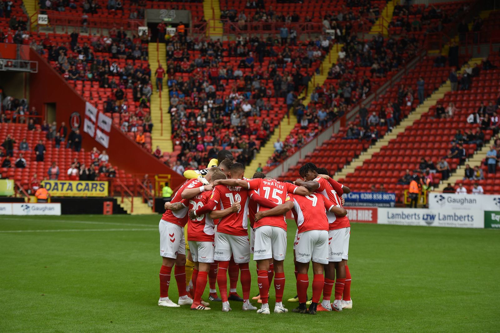 EINMALIGE VERWENDUNG Charlton Athletic