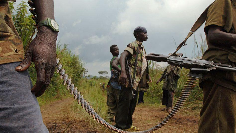 Kämpfer in der DR Kongo (im Juli 2006): Bis zu 393.000 zusätzliche Kriegstote befürchtet