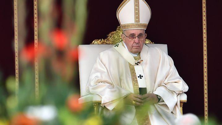 Türkei-Besuch: Der Papst der Armen soll in den Protz-Palast