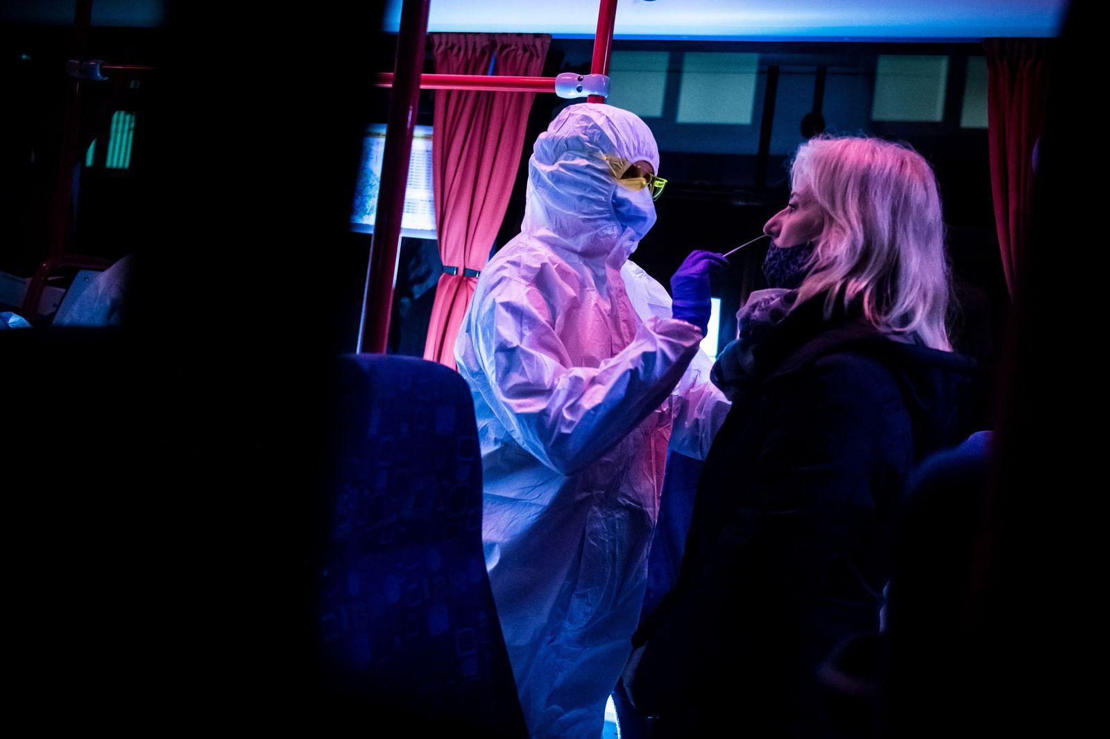 SLOVAKIA-HEALTH-VIRUS-TESTING-DISEASE