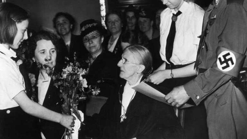 Mutterkult im Nationalsozialismus: Das Schlachtfeld der Frau