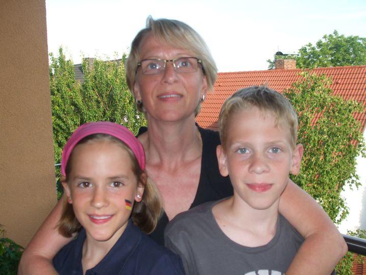 Britta Beckmann, 48, Kinder Gina und Marlon: Angst vor dem Schulsystemwechsel