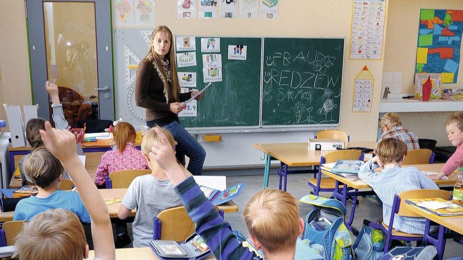 Mathematiklehrerin, Drittklässler in Neuruppin: Lob mit 20 Jahren Verspätung