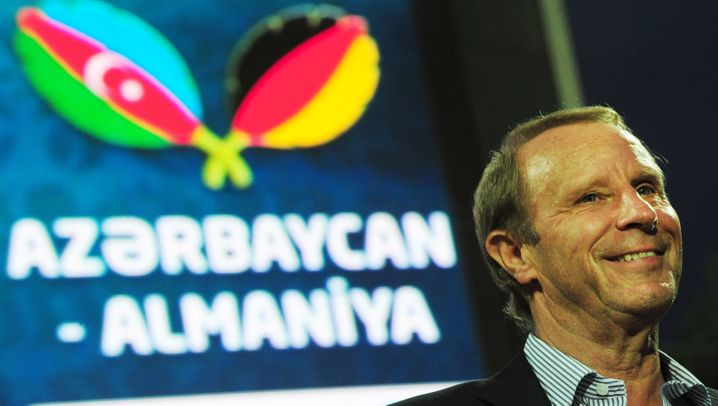 Sieg gegen Aserbaidschan: Weiße Weste in der Qualifikation