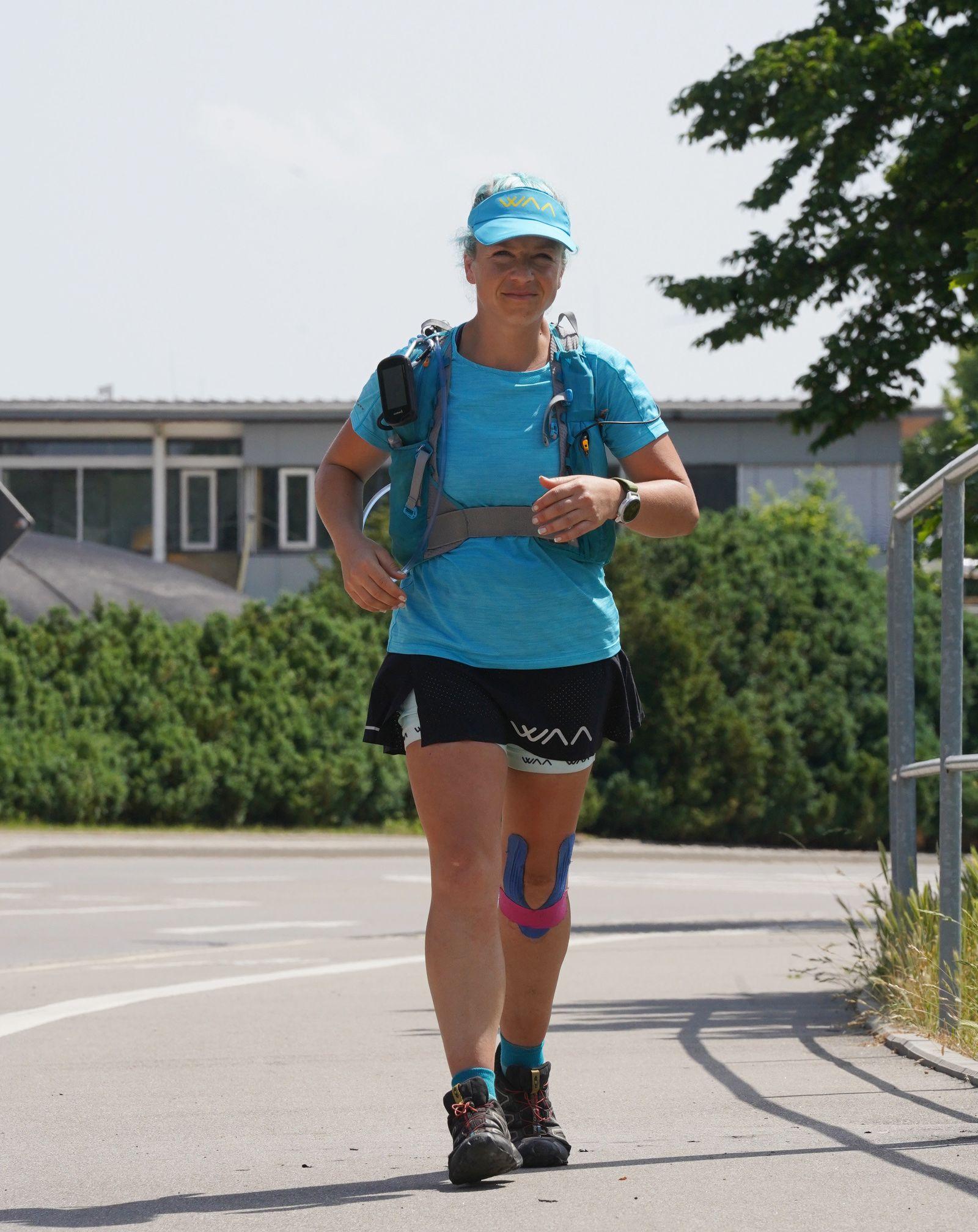 250-Kilometer-Lauf - Extremsportlerin Steffi Saul erreicht Ziel