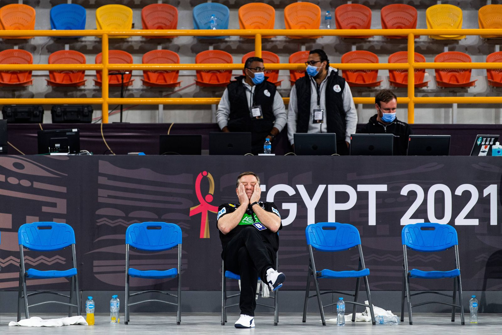 210121 Alfred Gislason, head coach of Germany looks dejected after the 2021 IHF World Handball Championship match betwe