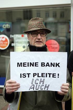 Lehman-Geschädigter: Laut einer Studie haben 50.000 Deutsche Geld verloren