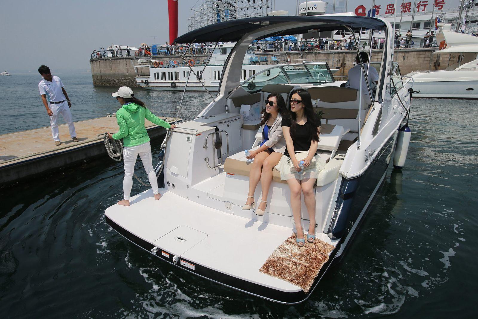 China Reiche Yacht