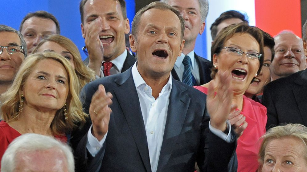 Photo Gallery: Historic Victory for Donald Tusk