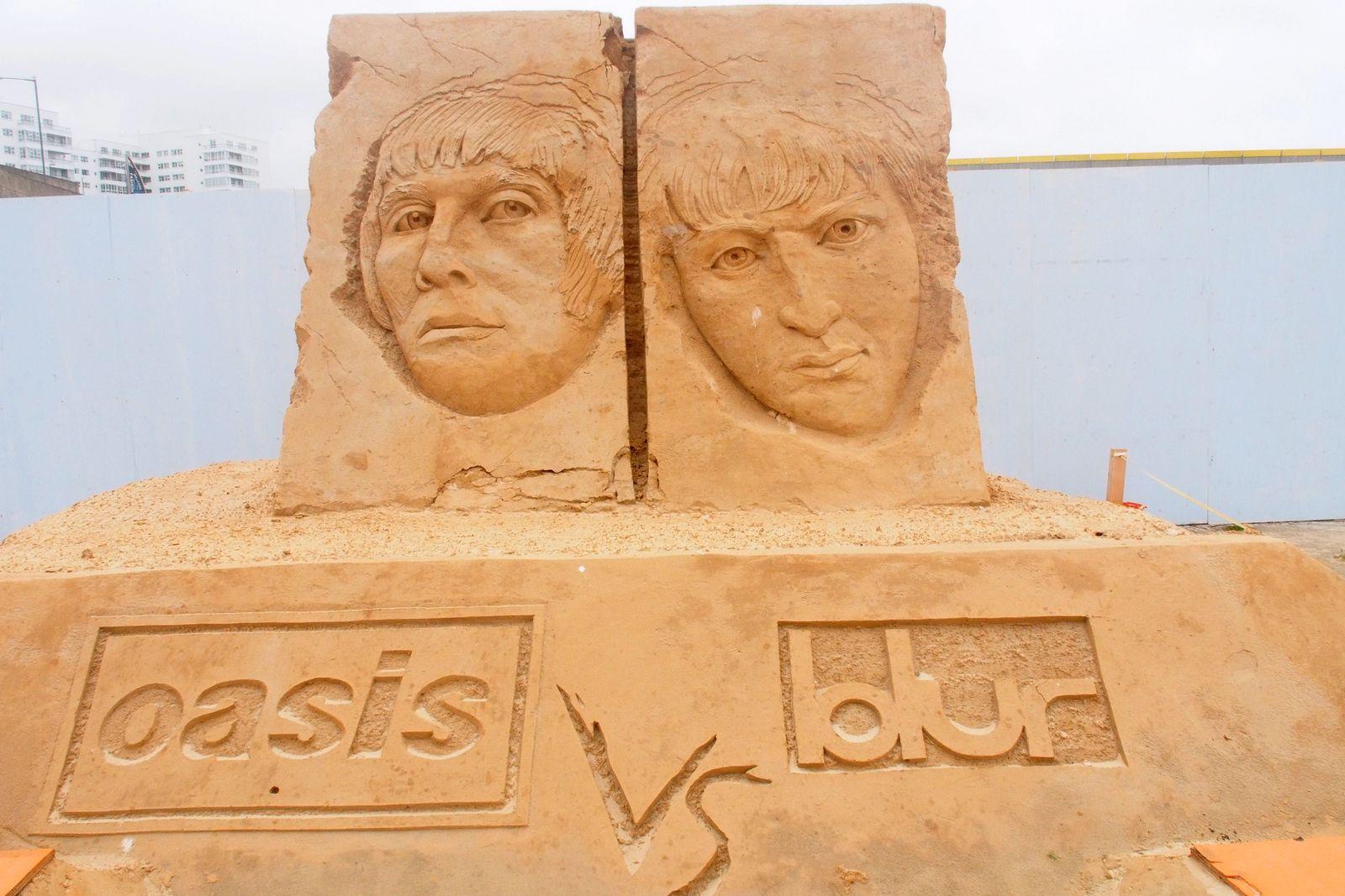Sandskulpturen Festival in Brighton mit dem Thema Musik im Sand