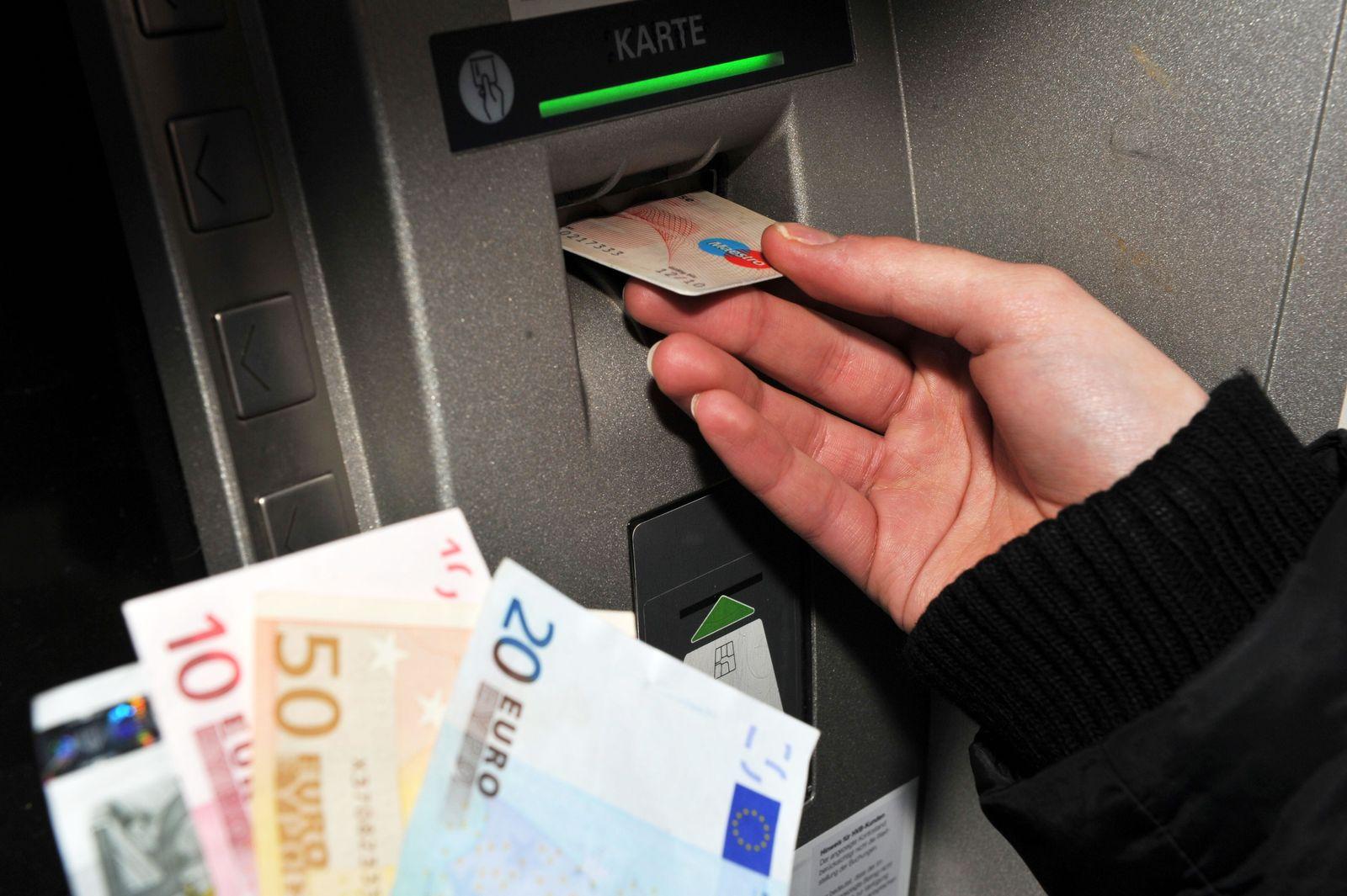 Automatengebühr für Geldautomaten / EC-Karte