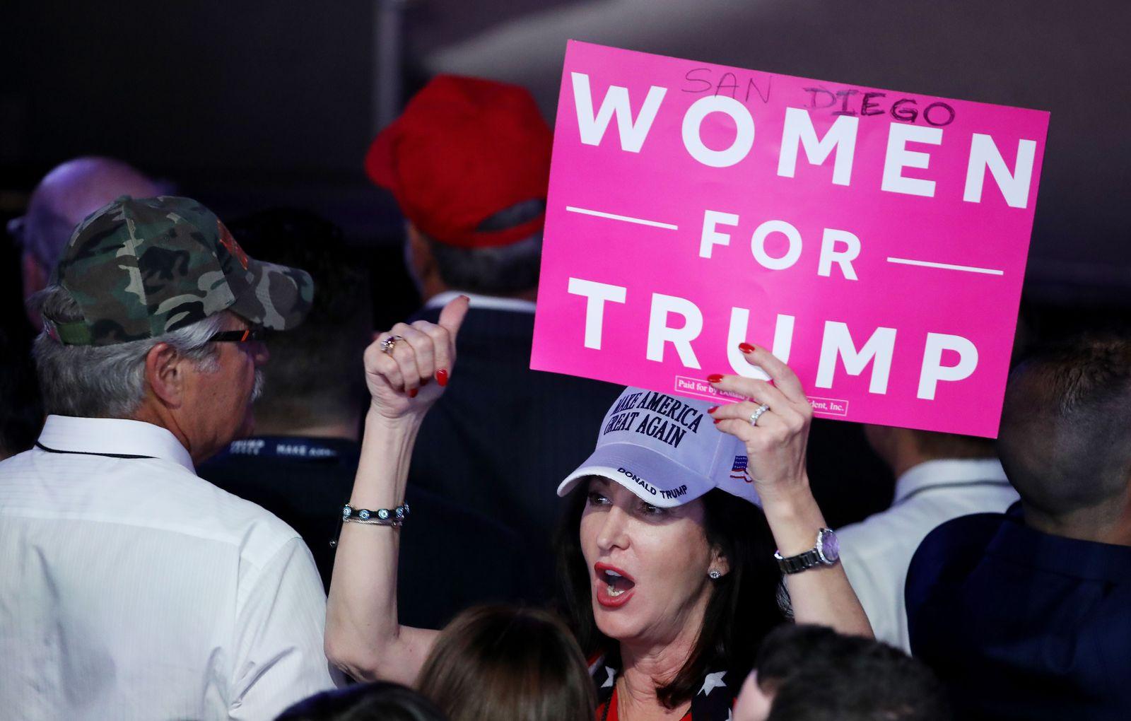 Trump/ Frauen