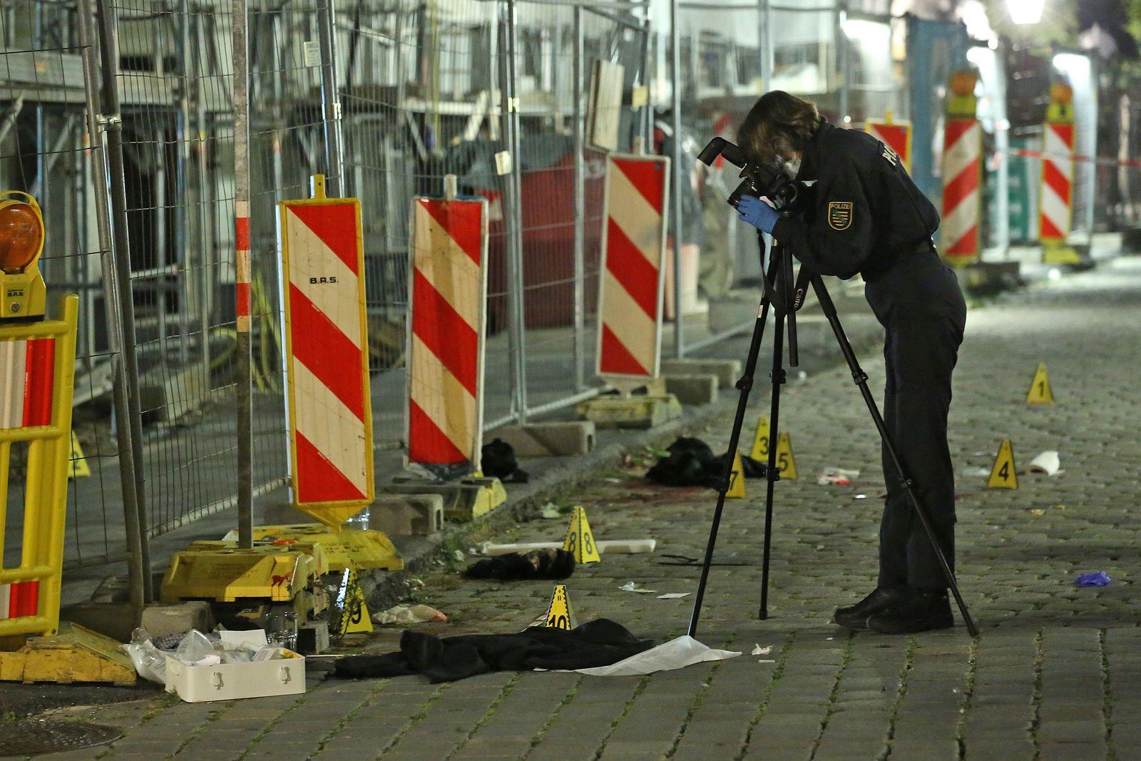04.10.2020 (RH201004-03) Dresden - Kriminalität Tötungsdelikt in der Dresdner Innenstadt - 1 Toter, 1 Schwerverletzter