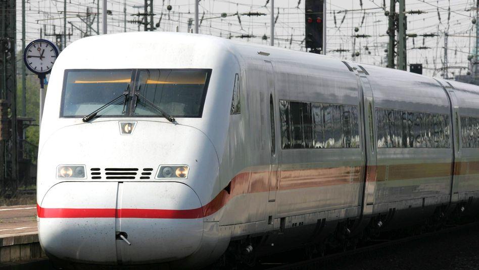 ICE 2: 2013 sollen alle Hochgeschwindigkeitszüge der zweiten Generation überholt sein