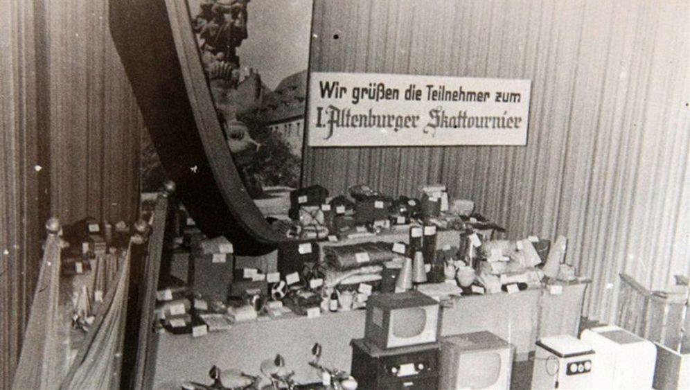 "Erstes gesamtdeutsches Skatturnier: ""Gut Blatt"""