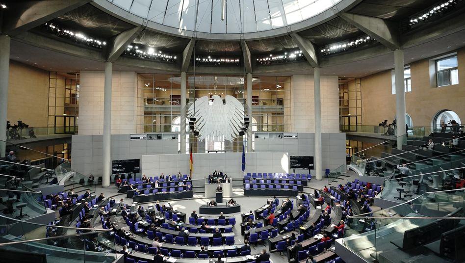 Haushaltswoche im Bundestag: Neue Schulden in Milliardenhöhe