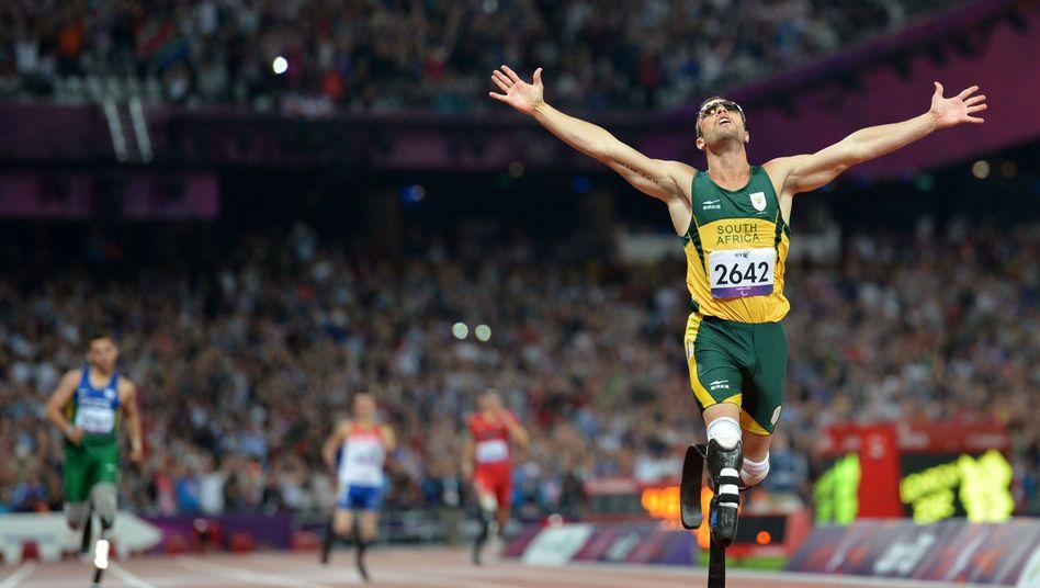Prothesenläufer Oscar Pistorius: Jubel nach 400 Metern