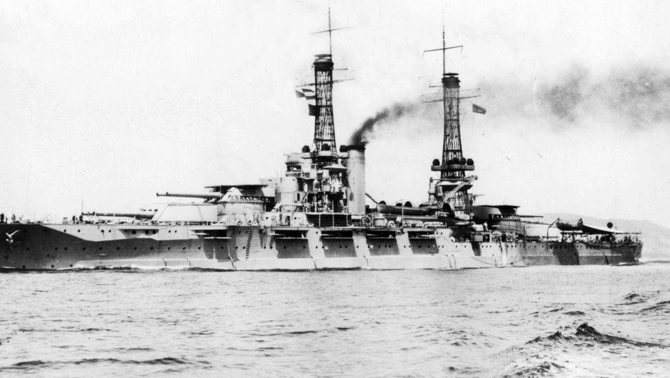 """Die USS """"Nevada"""" auf einem undatierten Archivbild"""