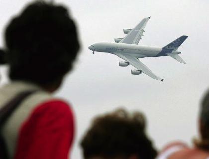 A380 in Le Bourget: Rund zehn Millionen Dollar teurer
