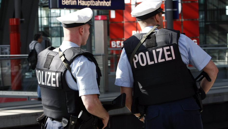 Bundespolizisten in Berlin: Beleidigungen im Regionalexpress