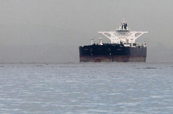 """Iranischer Tanker """"Delvar"""" (Archivbild): Teheran darf wieder Öl exportieren"""
