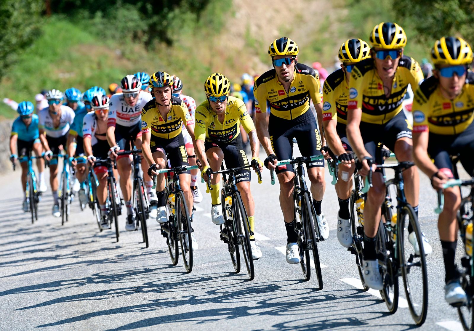 LA ROCHE-SUR-FORON, FRANCE - SEPTEMBER 17 : DUMOULIN Tom (NED) of TEAM JUMBO - VISMA, ROGLIC Primoz (SLO) of TEAM JUMBO