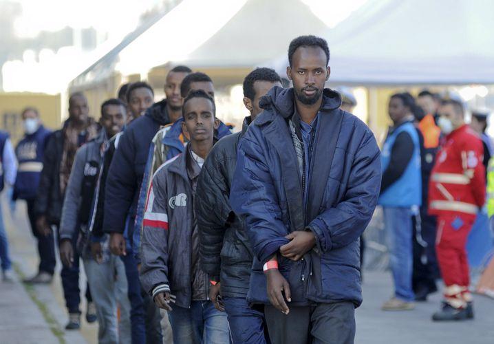 Palermo: Am Mittwoch kamen allein hier 480 Flüchtlinge per Schiff an
