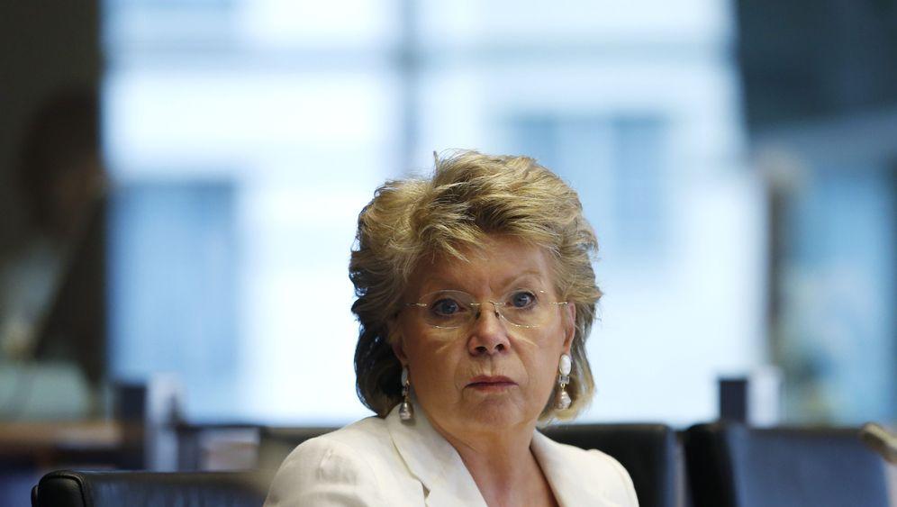 London: Diebe räumen Auto von Viviane Reding aus