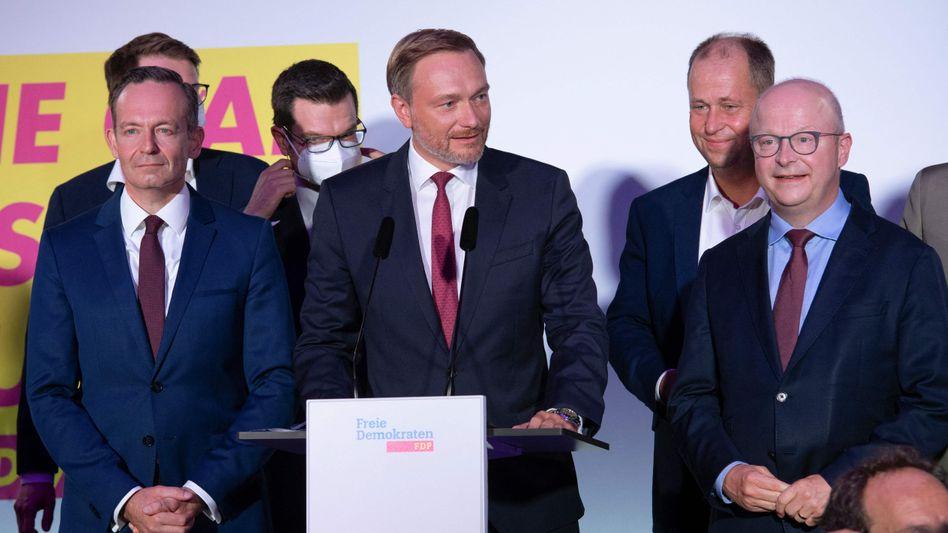 FDP-Parteiführung am Wahlabend: Bei den Erstwählern liegen die Liberalen knapp vor den Grünen