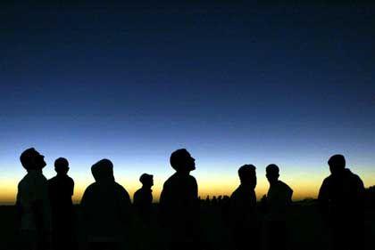 Sonnenfinsternis in Afrika: Von den Einen bestaunt, von den Anderen gefürchtet