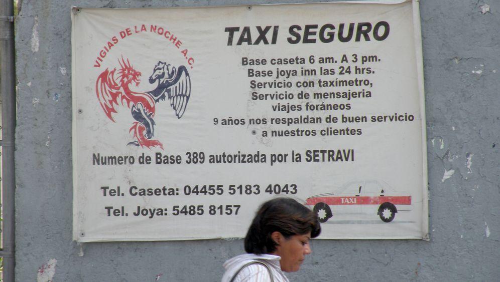 Illegale Taxis Mexiko: Neue Farbe gegen die Kriminalität